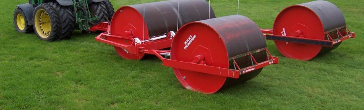 Multiple drum land roller