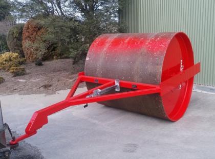Vine yard roller